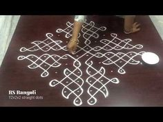 Rangoli Designs Simple Diwali, Rangoli Designs Flower, Free Hand Rangoli Design, Rangoli Border Designs, Rangoli Ideas, Rangoli Designs With Dots, Rangoli Designs Images, Beautiful Rangoli Designs, Simple Rangoli