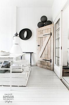 © Paulina Arcklin   Blog post: My home before...