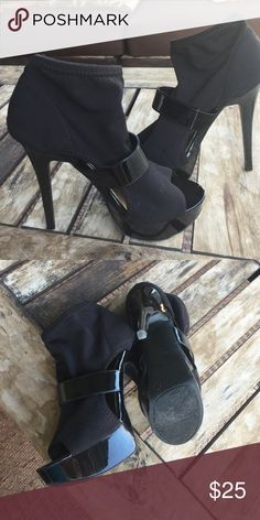 High-heeled booties Gives you the right height and comfort Chinese Laundry Shoes Ankle Boots & Booties