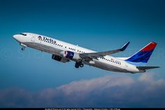 """Delta Air Lines Boeing - cn 29624 / 176 - Engines : CFMI @ History Aircraft : # : First flight with reg ( RNT ) # : Delivred to """"Delta Air Lines"""" DL & DAL with reg and config cabin # : WL fitted Southwest Airlines, Air Lines, Modern Mansion, Commercial Aircraft, Planes, Engine, Aviation, History, Airplanes"""