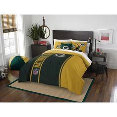 NFL Green Bay Packers Football Bedding Sets from Bedding.com Prices reduced up to 20% off plus take an add'l 10% off orders of $100 or more! Sale lasts until 11/30/2015. Redskins Football, Pittsburgh Steelers Football, Football Team, Redskins Gear, Football Crafts, Full Comforter Sets, Bedding Sets, King Comforter, Sports Bedding