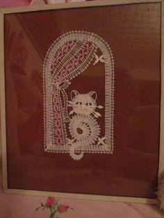 Billedresultat for paličkovaný beránek Bobbin Lace Patterns, Doll Sewing Patterns, Bead Loom Patterns, Hairpin Lace Crochet, Crochet Motif, Crochet Edgings, Crochet Shawl, Lace Earrings, Lace Jewelry