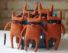 Forget the kids, I want this Bandit Fox for myself. By Adatine on Etsy. Softies, Little People, Little Ones, Baby Wunder, Soft Sculpture, Natural Linen, Gifts For Boys, Handmade Toys, Etsy