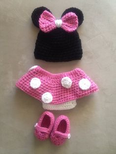 Minnie Mouse Newborn Set-Find us on Facebook-Hooked by the Sea to inquire about details  https://www.facebook.com/pages/Hooked-by-the-Sea-Crocheted-Accessories-by-Kelly-Amanda/143942749048264