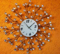 Reloj de pared original hecho a base de herrería y cristal ideal para resaltar ese lugar especial MEDIDA 65 CM DIAMETRO