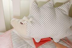 pattern hack: jumbo hedgehog pillow - see kate sew