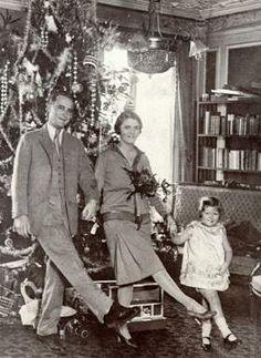 The Great Gatsby   Scott, Zelda, and Scottie Fitzgerald in Paris (Dec 1925).