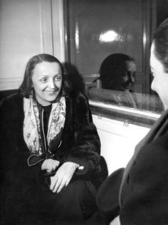 Edith Piaf, Paris, années 1930 by Jean Moral