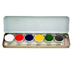 Maquillaje cremoso iridiscente, que no contiene pigmentos metálicos, con efectos nacarados, para la creación de impresiones de maquillaje cautivantes. Presentación 20 ml.
