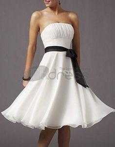 露肩及膝雪纺A-Line/Princess缎子的伴娘礼服