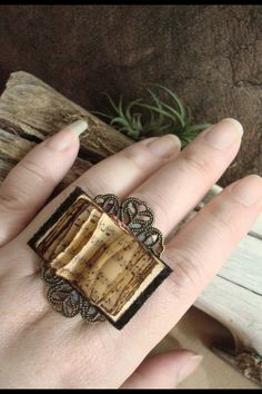 Book ring with actual turning pages.