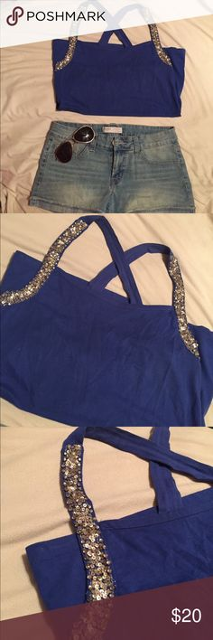 Royal blue crossed backed tank top! 💥 Royal blue, crosses strap back with sequins! Great condition, lightly worn! Size Medium! 🔵🔷🔹 Charlotte Russe Tops Tank Tops