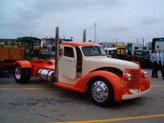 Projects - 1948 Diamond T pickup tow truck project journal. Dually Trucks, Rc Trucks, Big Rig Trucks, Cool Trucks, Pickup Trucks, Truck Mods, Semi Trucks, Custom Big Rigs, Custom Trucks