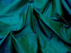 Silk Taffeta in Rich Green -Teal or Peacock Green blue Fat qurter-TF27