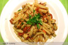 Pasta with frozen seafood is a quick and practical recipe but at the same time delicious and light. Serve with a salad for a complete meal Seafood Mix Pasta Recipe, Frozen Seafood Mix Recipes, Light Pasta Recipes, Seafood Pasta, Frozen Meals, Seafood Dishes, Pasta Dishes, Seafood Recipes, Recipe Pasta