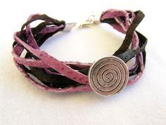 Dark Brown, Crochet Necklace, My Etsy Shop, Handmade Items, Jewels, Detail, Elegant, Bracelets, Silver