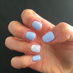 Light blue marble gel nails