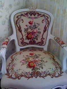 View album on Yandex. Classic Furniture, Cool Furniture, Crochet Organizer, Tapestry Kits, English Decor, Baroque Design, Cross Stitch Finishing, Unique Doors, Miniature Crafts