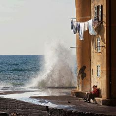 photo provided by Jonathan Carroll on fb (originally by Gabriele Corno on Twitter: Camogli by Martino Balestreri #Italy http://t.co/apTrPJV7vG)