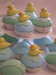 Rubber Duck cup cakes by missjanegen, via Flickr
