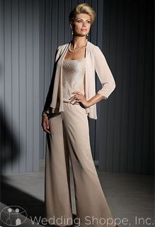 My Wedding Chat: Top 10 Reasons to Choose Mother of the Bride Pant Suits Over Dresses