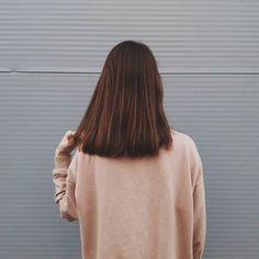 // Girl With Brown Hair, Short Brown Hair, Cute Hairstyles, Straight Hairstyles, Hair Inspo, Hair Inspiration, Medium Hair Styles, Short Hair Styles, Girl Haircuts