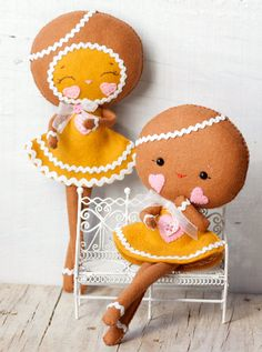PDF. Gingerbread girls .Plush Doll Pattern, Softie Pattern, Soft felt Toy Pattern.. $7.00, via Etsy.