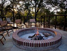 """Learn additional information on """"outdoor fire pit party"""". Have a look at our site. Outdoor Fire, Outdoor Decor, Outdoor Ideas, Backyard Ideas, Outside Fireplace, Fire Pit Party, Fire Pit Ring, Fire Pits, Game Lodge"""