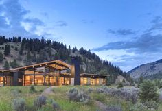 Contemporary River Bank House, Montana - http://www.adelto.co.uk/contemporary-river-bank-house-montana/   The River Bank House has been designed by Seattle-based  Balance Associates Architects. The contemporary house is located in Big Sky, Montana.