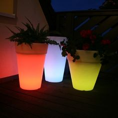 I love this idea for your summer outdoor parties!  So easy but so striking!