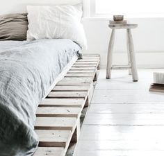 love photography winter beautiful white vintage room bedroom design Home boho old architecture bohemian Interior Design house cosy cozy cottage interiors decor decoration minimalism industrial deco minimalistic scandinavian pallets all white pallet bed Pallet Bedframe, Wooden Pallet Beds, Diy Pallet Bed, Wood Pallet Furniture, Furniture Ideas, Wood Pallets, Recycled Pallets, Pallet Wood Bed Frame, Wooden Crates Bed