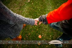 Wisconsin Engagement – Allison & Chris! » Milwaukee Wedding Photography – Front Room Photography Milwaukee Photographer - fall - green grass - hand holding - engaged