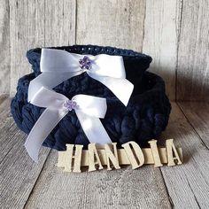 Cosulet crosetat 💠Crocheted basket 💙 #crochet #crosetate #crosetatebucuresti #crocheting #handmade #handiamade #handia #ilovecrochet #storage #cosulet #littlebasket #crocheted #darkblue #crochetbasket #storageideas #storage #storagebasket #cosuletcrosetat #bleumarine #ideecadou #organizer #gifts #ideas