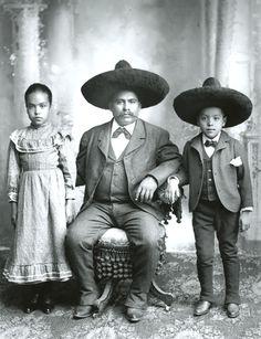 Guanajuato, Mexico c.1905-1914 Romualdo Garcia, vintage photo.