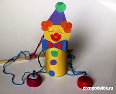 Clown basteln mit Kindern aus Tonpapier, Klorollen, Pappteller und Co. Kids Crafts, Diy Home Crafts, Arts And Crafts, Toy Story Alien Costume, Toy Story Costumes, Girl Scout Camping, Marionette Puppet, Toddler Art, Camping Crafts
