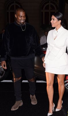 Kim Kardashian & Kanye West Can't Stop Smiling After North's Fashion Week Debut!: Photo Kim Kardashian and Kanye West hold hands and smile wide from ear to ear while leaving their hotel on Wednesday evening (September in Paris, France. Kanye West Smiling, Kanye West And Kim, Kim Kardashian Kanye West, Kardashian Jenner, Dress Codes, Peplum Dress, Personal Style, Mens Fashion, Paris