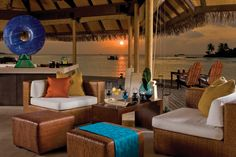 Отель Four Seasons на Мальдивах