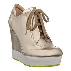 8e7f84bc430b Boutique 9 sneaker with 4 1 2