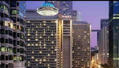 3) Hyatt Regency Atlanta: With its soaring 22-story atrium lobby and its prime location in the heart of the Peach State, Hyatt Regency Atlanta has been a landmark in Atlanta for over 45 years. Hyatt Regency Atlanta renovated all 727 Atrium Tower guest rooms in 2011-offering a total of 1,260 fresh accomodations between three guest room towers in the heart of downtown. Supporting the redesigned guest rooms is a brand new lobby and front desk, front drive and 3 new outlets.