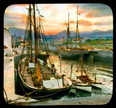 Annalong: view of the town near the Mourne Mountains