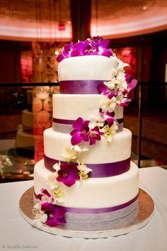 4 tier wedding cake by farewellsummer, via Flickr
