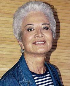 Gloria Menezes