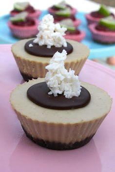 Raw #Vegan #Coconut #Cardamom Cheesecakes