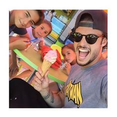 Instagram photo by baptiste.giabiconi - Family time !!!! #camille #manon #eva !!!! Je suis un tonton heureux et comblé !!!! #loveyou #bestmoment #sun #icecream #2015