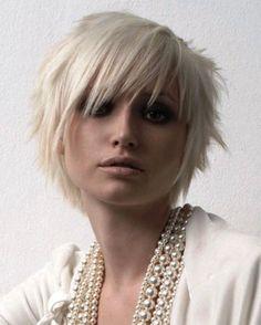 Résultats de recherche d'images pour « short haircut for women 2016 »