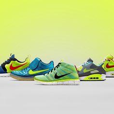 Nike Hyperpack disponibile in store! @football_temple #nikesportswear #nikefootball #nikerosherunHYP #nikeairmax1 #nikeairmax90 #niketiempo94 #nikefreeflyknitchukka #Padgram