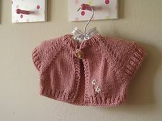 Ravelry: Quick Knit Baby Shrug pattern by Natalie Haban free pattern Shrug Pattern, Baby Cardigan Knitting Pattern, Knitted Baby Cardigan, Toddler Sweater, Baby Knitting Patterns, Baby Patterns, Free Pattern, Knit Shrug, Knitting For Kids