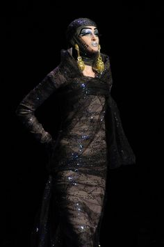 121 photos of Christian Dior at Couture Spring John Galliano, Christian Dior, Runway, Superhero, Spring, Pictures, Photos, Dresses, Fashion