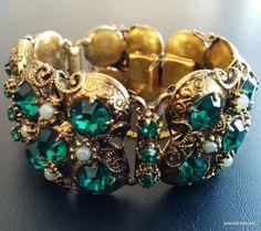 Vintage Bracelet Emerald Green Rhinestone Faux Seed Pearl Flower Filigree! 242