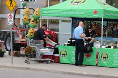 If you want to learn to cook steak properly The Ontario Corn Fed Beef Mobile Kitchen will be giving demonstrations. How To Cook Steak, Learn To Cook, Food Truck, Cambridge, Baby Strollers, Beef, Tours, This Or That Questions, Learning
